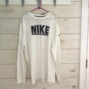 NWT Nike long sleeve shirt
